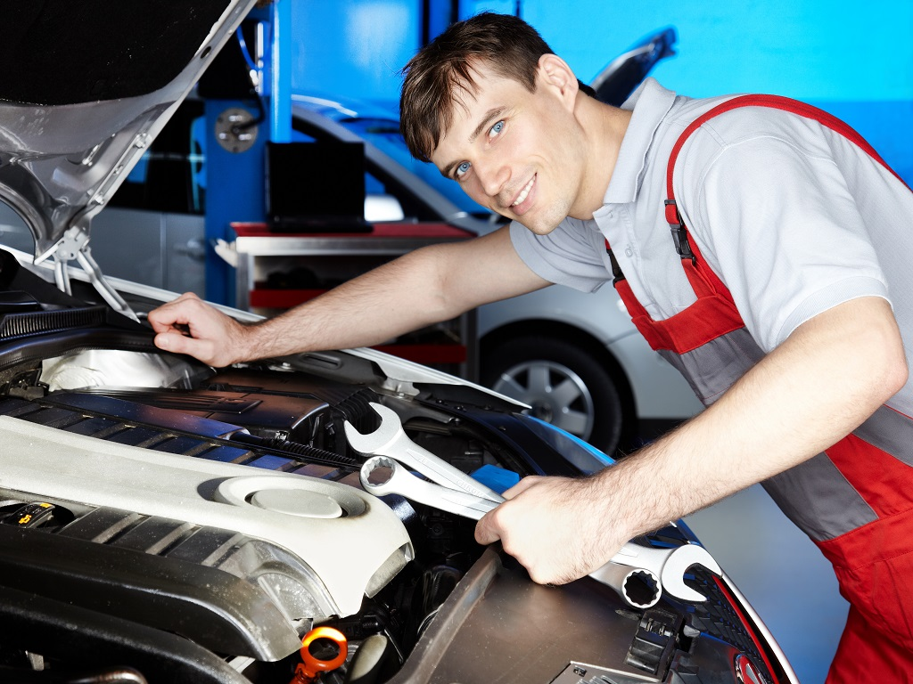 Fachowy elektromechanik samochodowy – Zawiercie i okolice