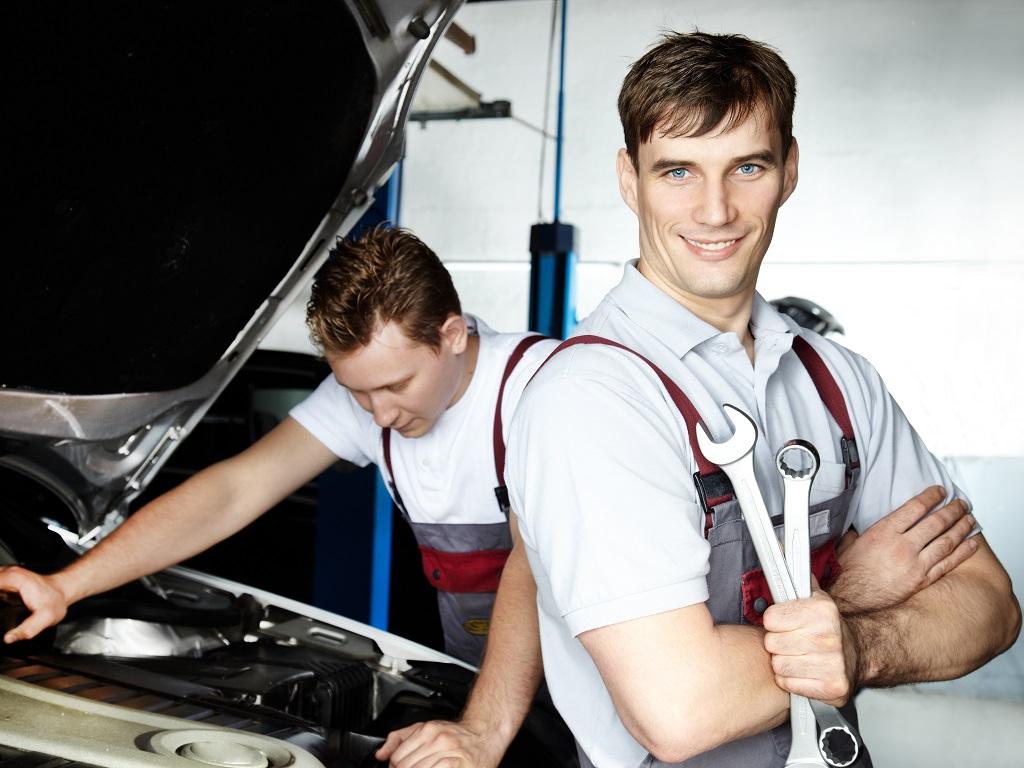 Dobry elektromechanik samochodowy w Myszkowie od zaraz