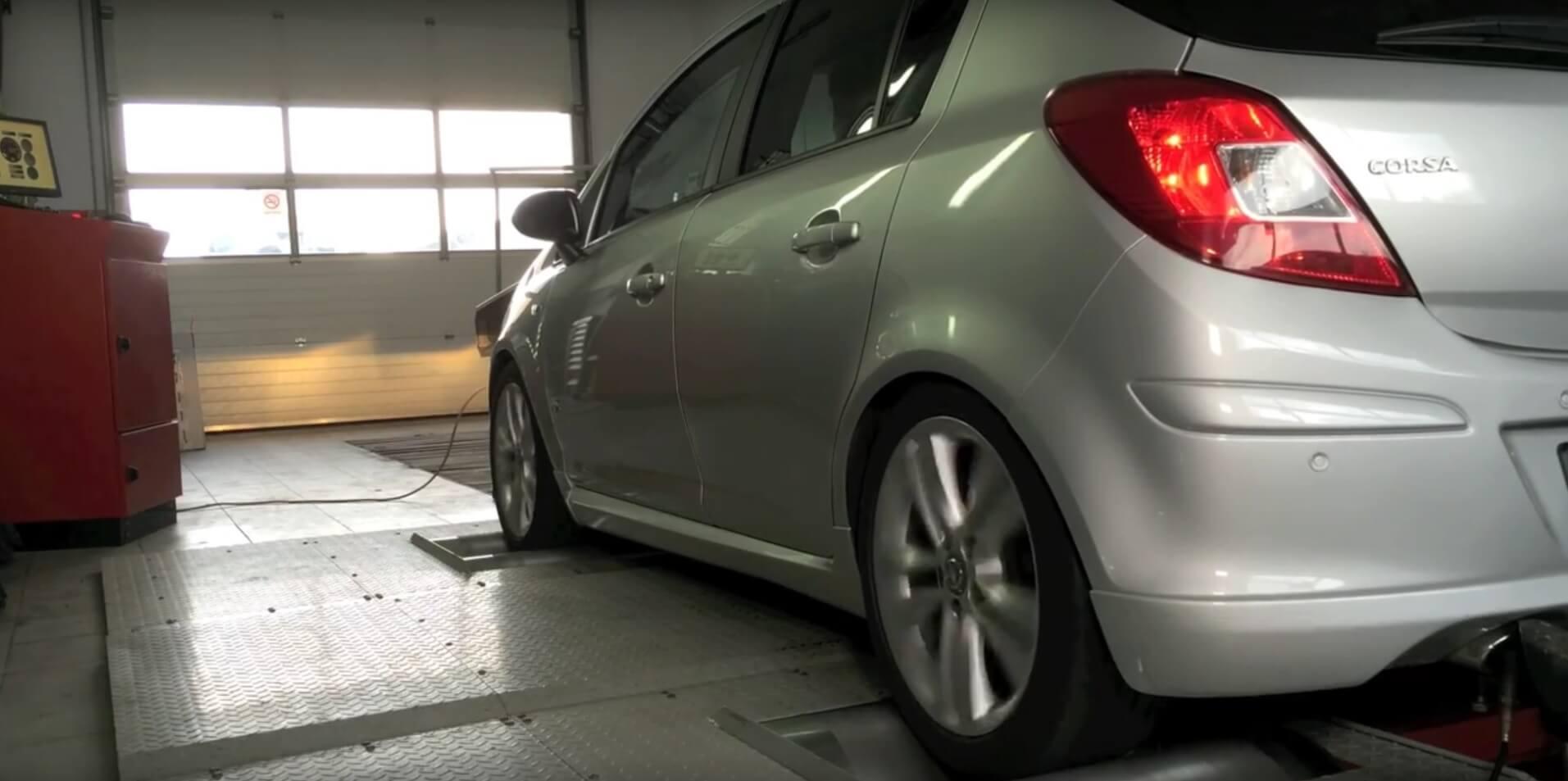Grand Opel Corsa po chip tuningu w Grand Service – uzyskaliśmy 30 KM więcej